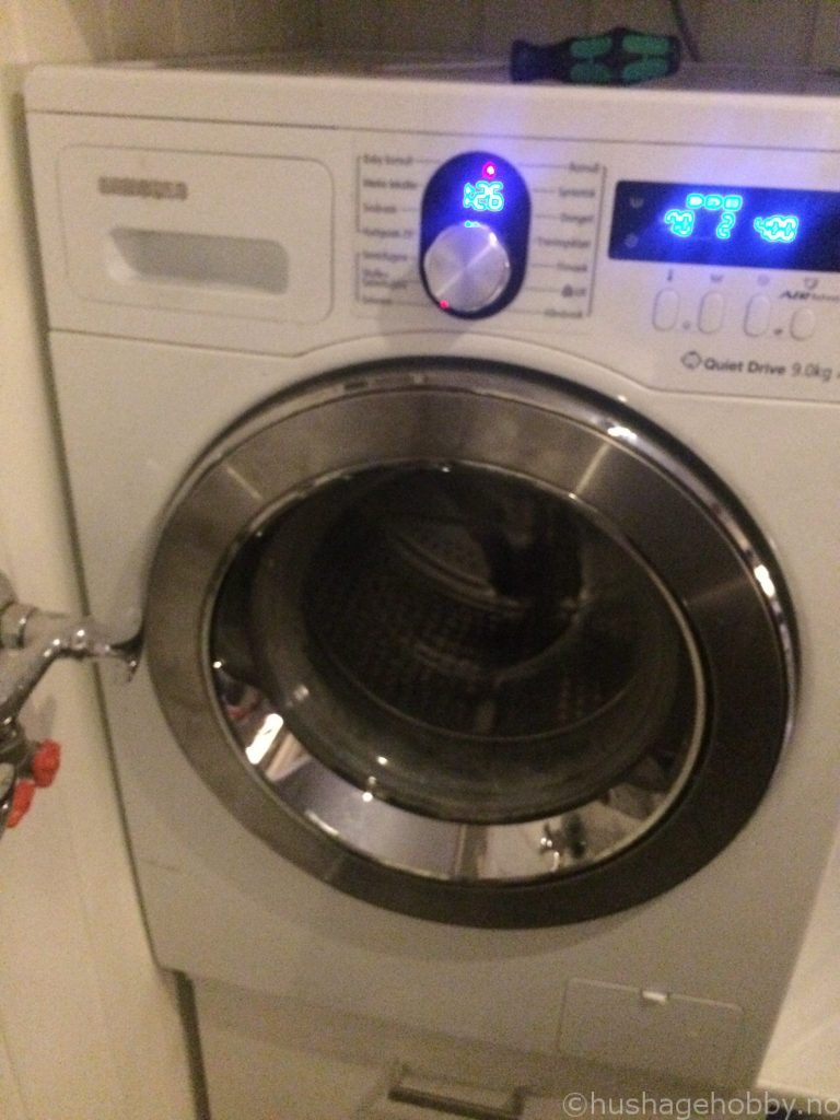 Vaskemaskin sammensatt
