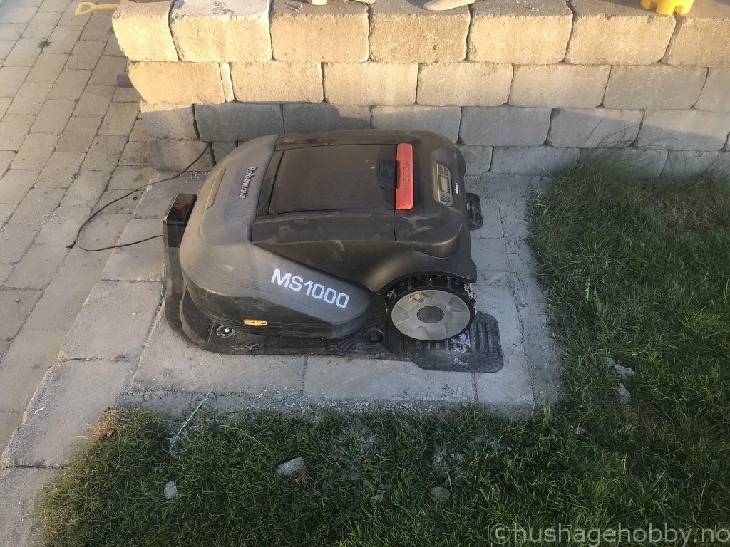 Robomow Garasje base